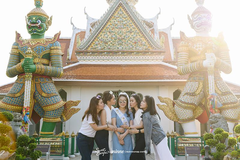 wat arun bangkok brila travel with friends 13