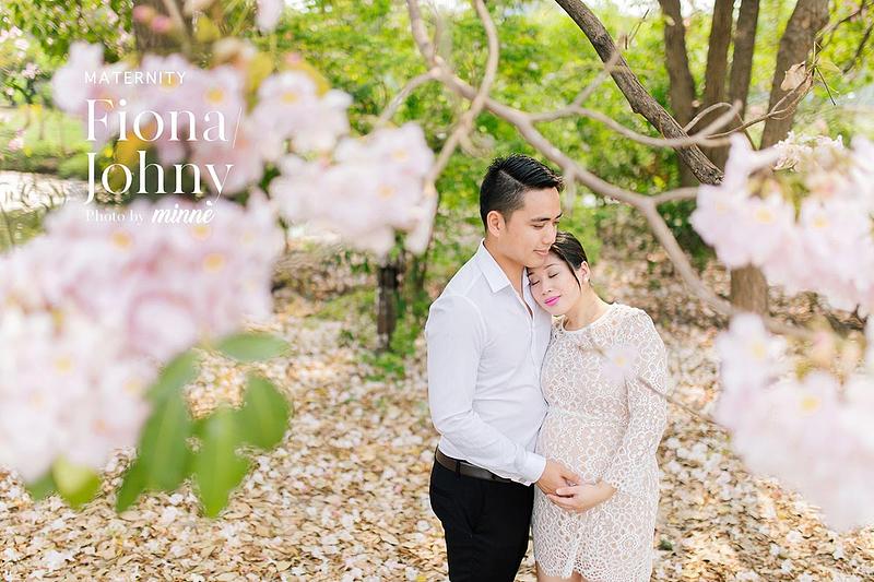 maternity photography in bangkok thailand cover