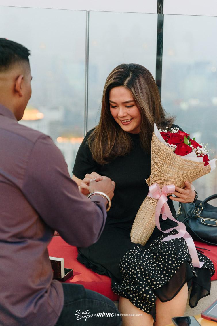 cru champagne bar wedding proposal 5